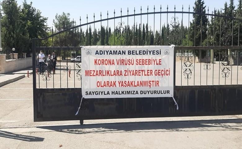 Bayramda mezarlık ziyaretleri yasaklandı