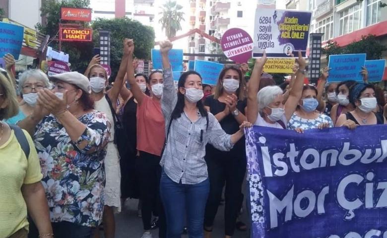 Mersinli kadınlar; İstanbul Sözleşmesi mor çizgimiz