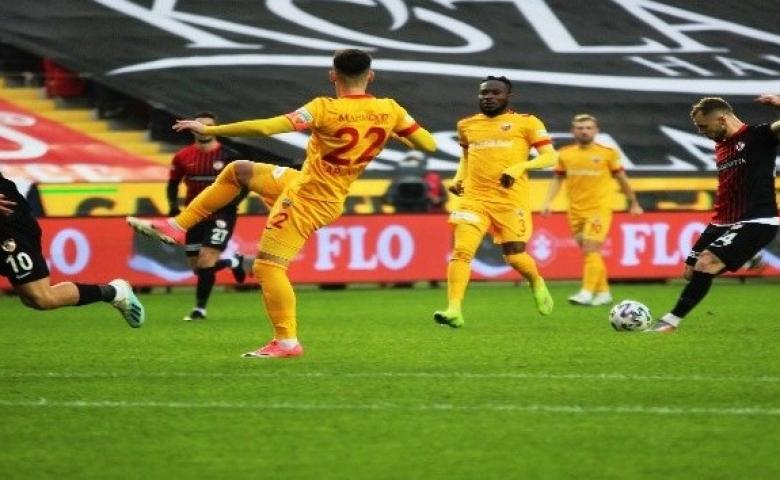 Gaziantep FK, konuk takım Kayserispor'a şans tanımadı  2 - 1