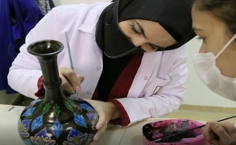 Urfa da geleceğin mimarı kadınlar meslek öğreniyor