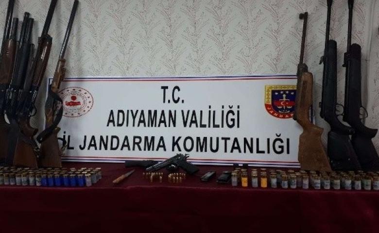Adıyaman'da silah ticareti yapan şahsın evine operasyon