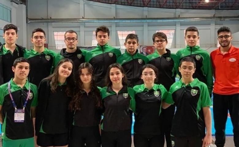 Şehitkamil Belediyesi sporcuları Paletli yüzmede 6 madalya kazandı