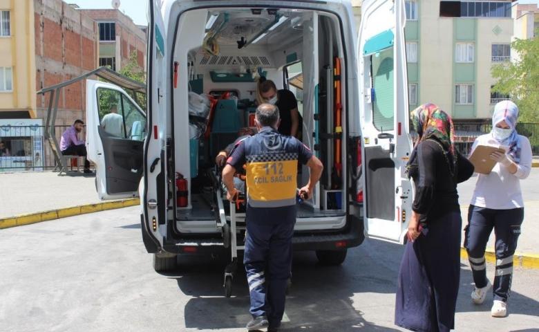 Gaziantep'te 4 saatte 150 acemi kasap hastanelik oldu