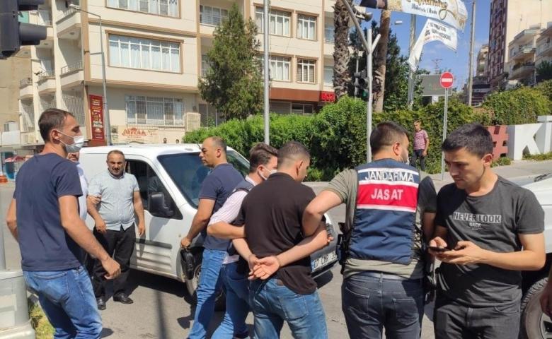 Kilis'te Büyü bozma bahanesiyle dolandırıcılık jandarmaya takıldı