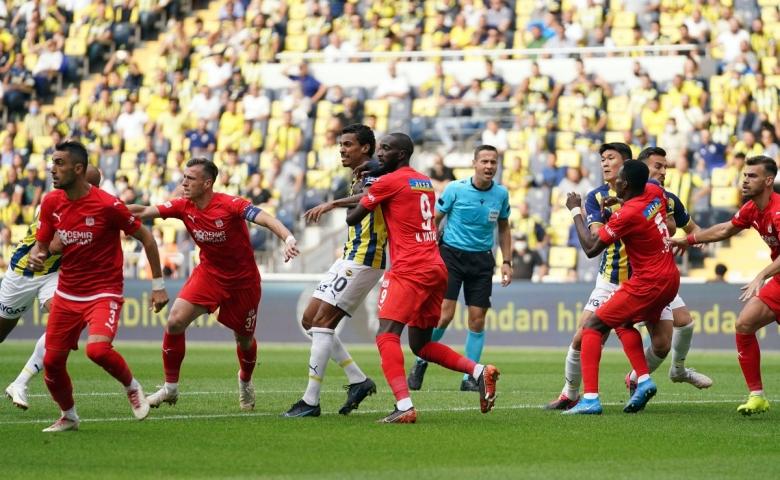 Fenerbahçe, Sivas engelini aşamadı