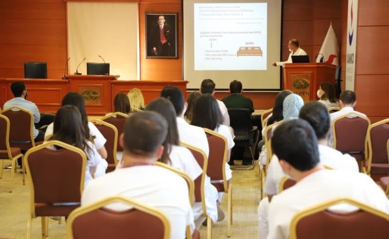 Sanko Üniversitesi Dünya Sepsis Günü nedeniyle bilgilendirme toplantısı düzenledi