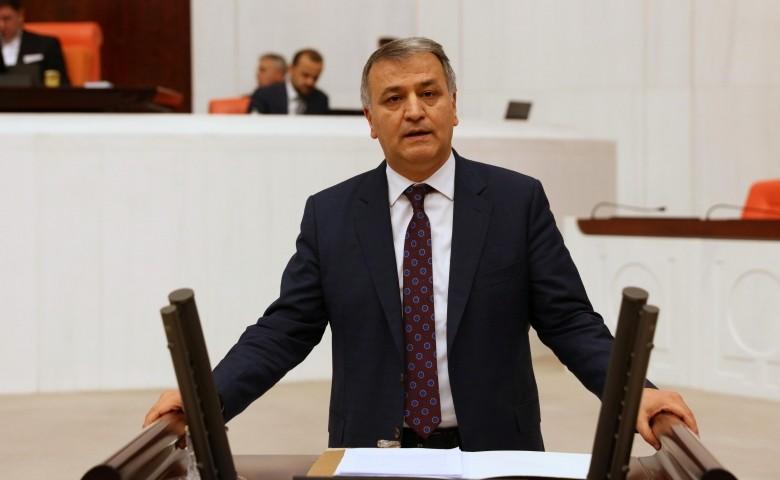 HDP Milletvekili Toğrul; Türkiye'de bilim can çekişiyor