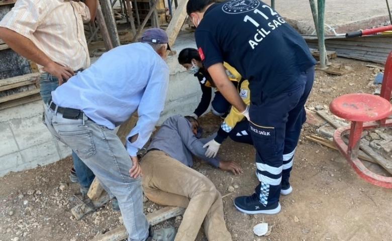 Adıyaman'da Başına inşaat demiri düşen işçi yaralandı